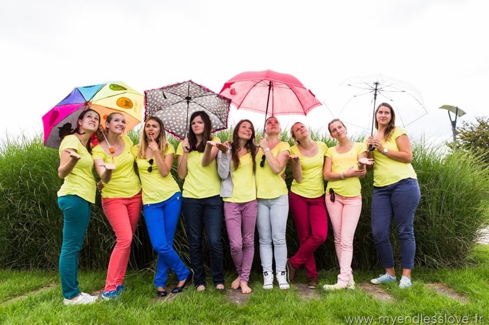 photographe strasbourg EVJF pluie parapluie