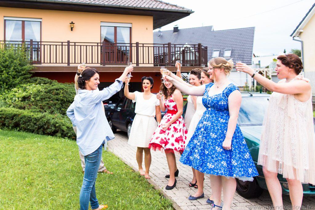 mariage-fifties-préparatifs-champagne