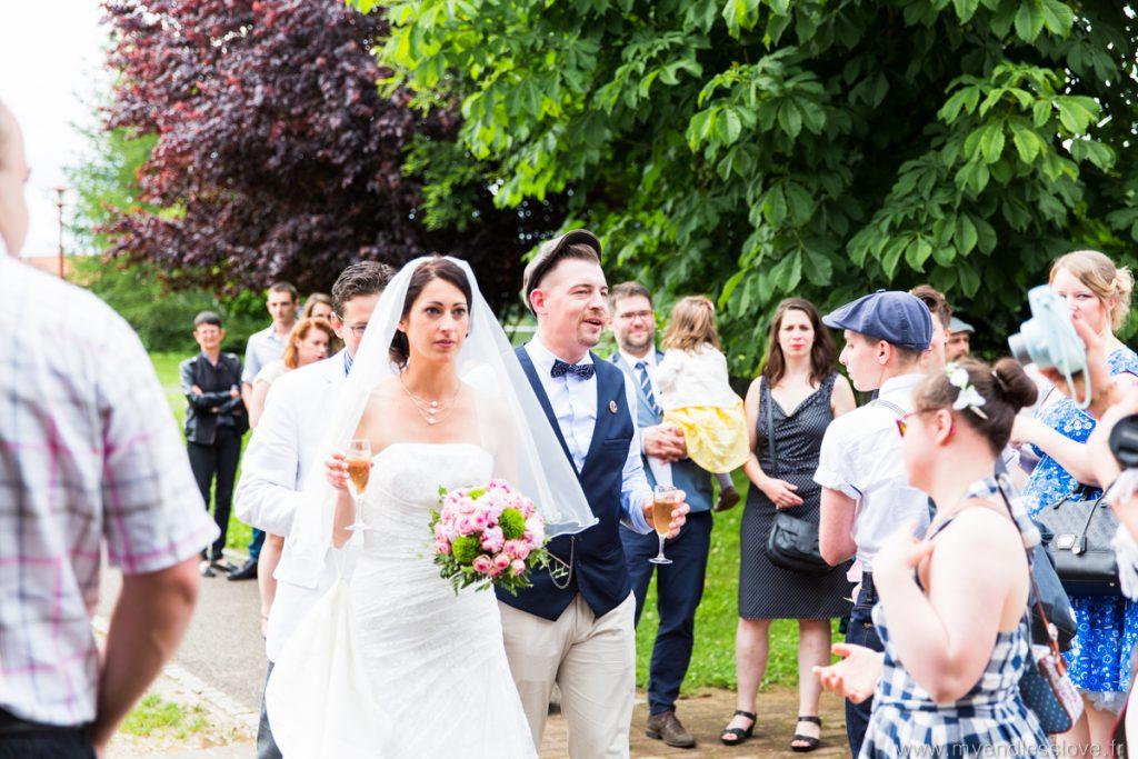 arrivée-mariés-cocktail-vin d'honneur-reportage-mariage-strabourg